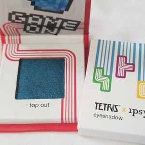 Tetris x ipsy eyeshadow in Top Out.